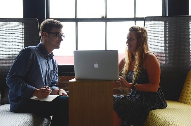 aktywni młodzi na rynku pracy